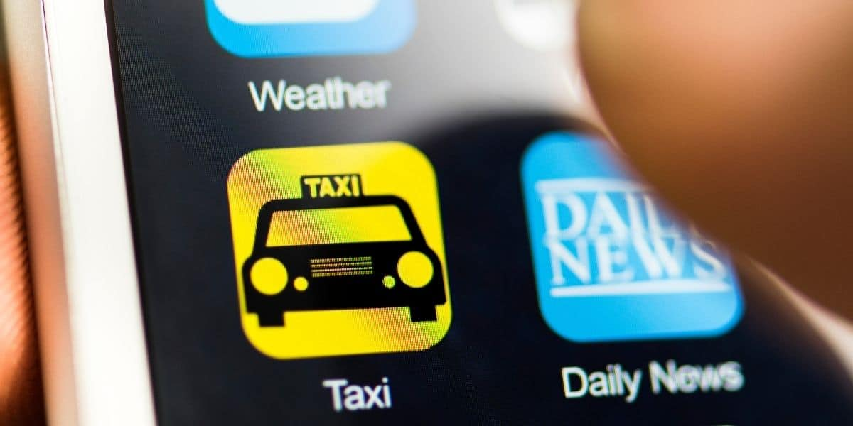 6 Important Points Not To Be Missed When Planning the Development of A Taxi Booking App